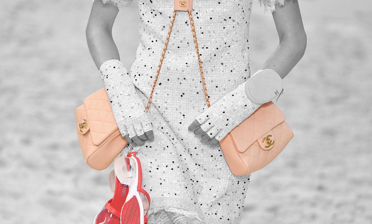 Descubren aumento del precio de bolsos Chanel