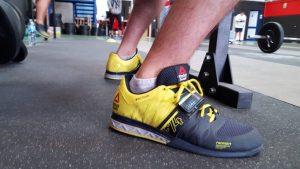 zapatos para hacer pesas