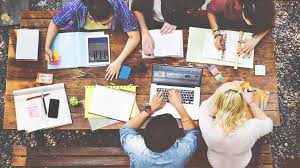 Reunión de jóvenes emprendedores
