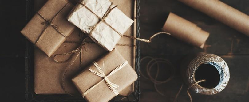paquetes envueltos en papel