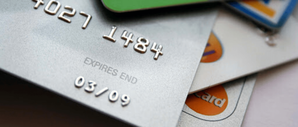 Solicitud de tarjeta de crédito enegada